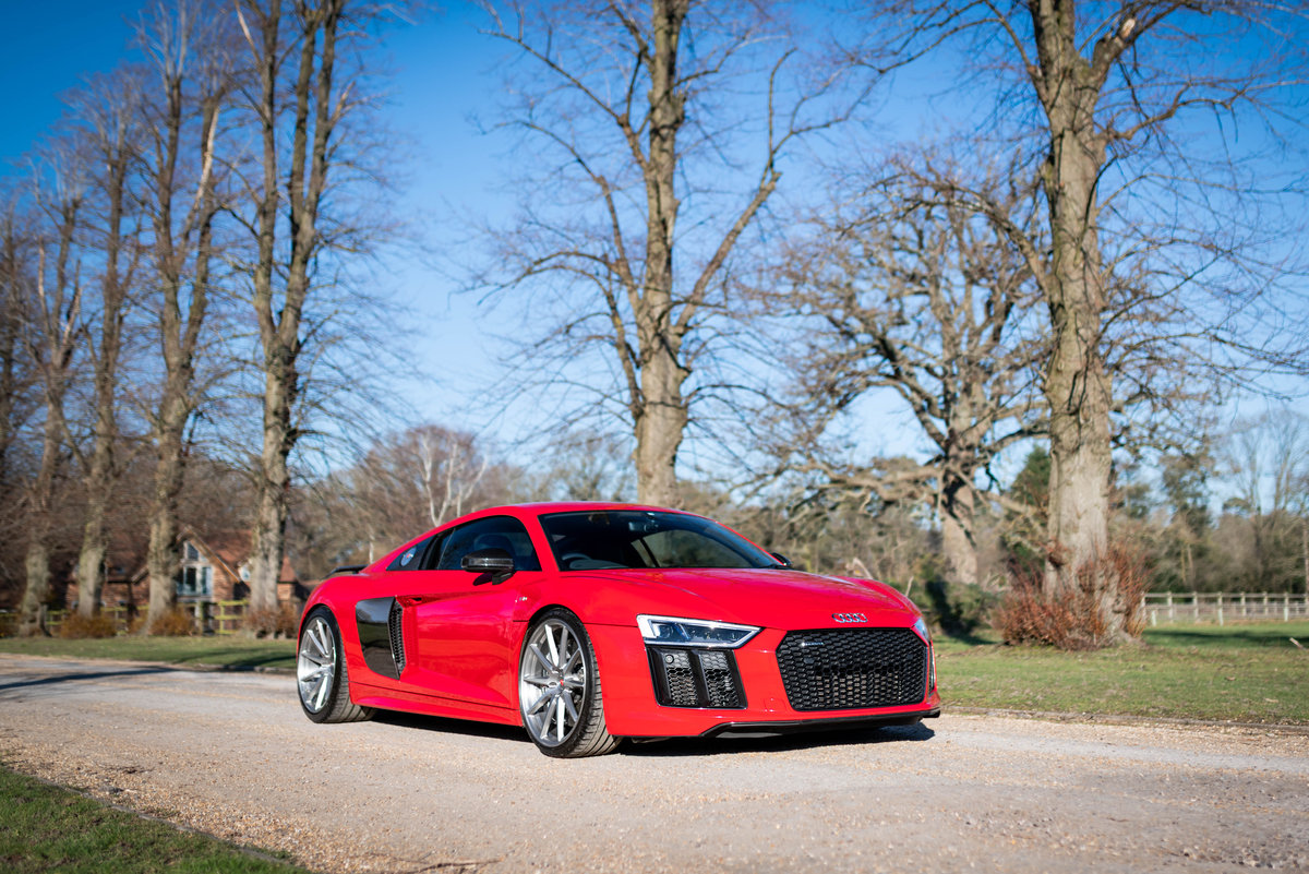 2016 (16) AUDI R8 V10 PLUS For Sale (picture 1 of 6)