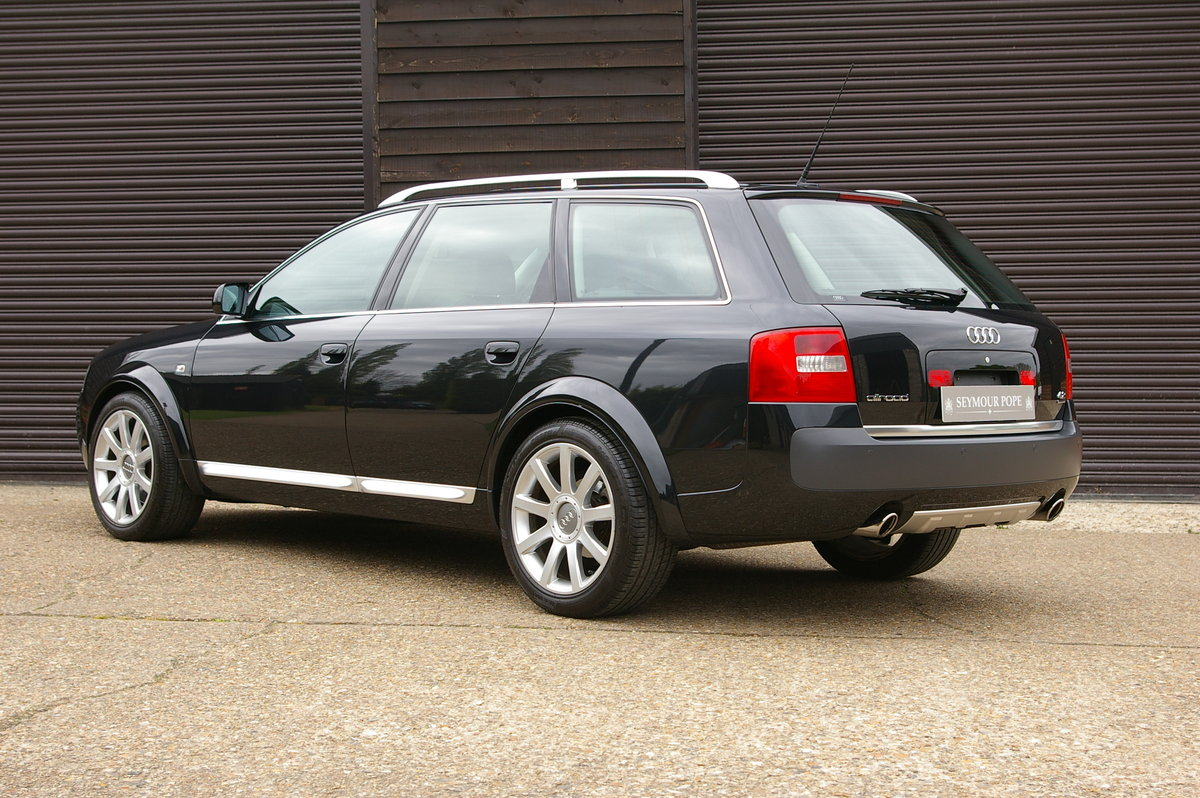 2005 Audi C5 AllRoad 4.2 V8 Quattro Auto Estate (18,703 miles) SOLD (picture 3 of 6)