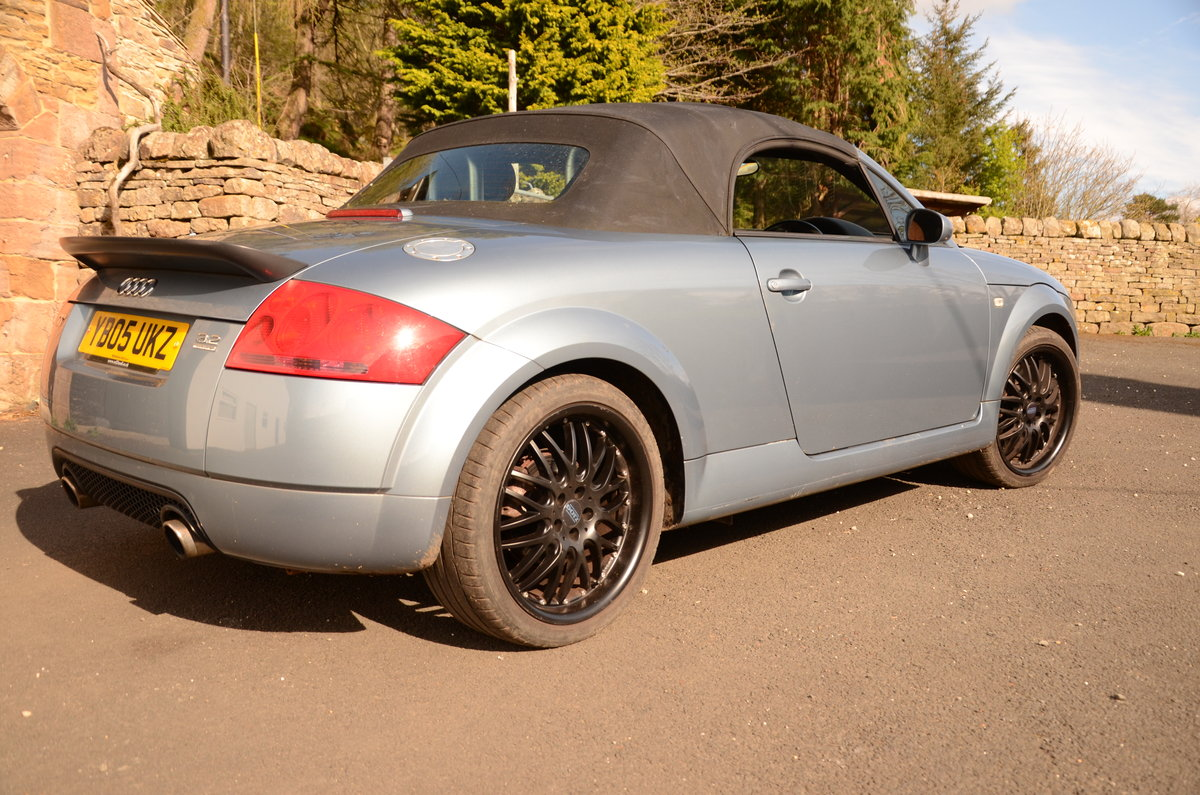 2005 Audi TT V6 Quattro Convertible For Sale (picture 3 of 6)
