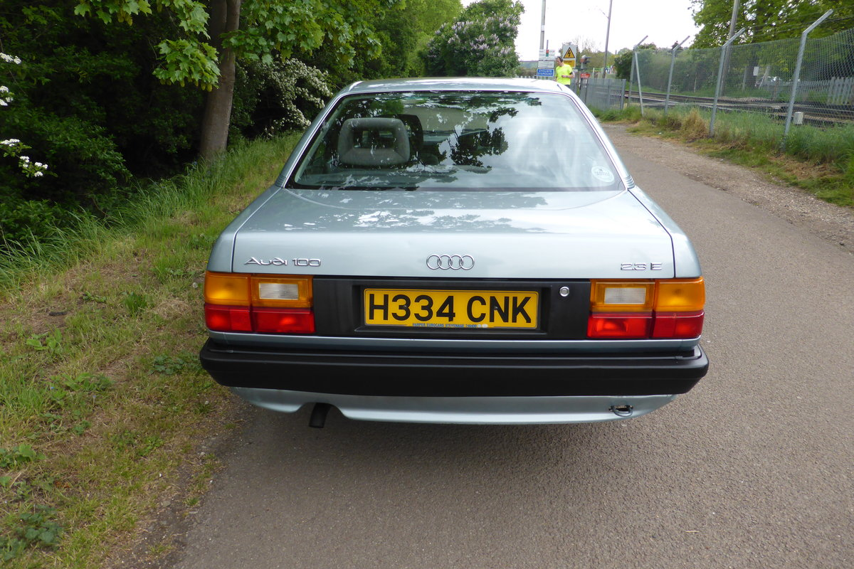 1990 Audi 100 C3 2.3 litre 5-speed manual SOLD (picture 2 of 5)