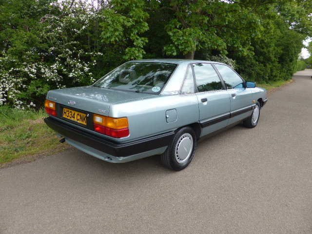 1990 Audi 100 C3 2.3 litre 5-speed manual SOLD (picture 4 of 5)