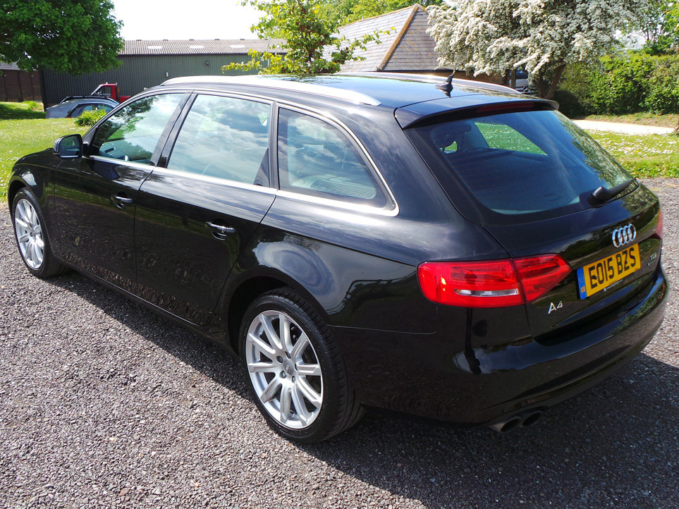 2015 Audi A4 Avant 2.0 TDi 177 BHP Technik quattro For Sale (picture 2 of 6)