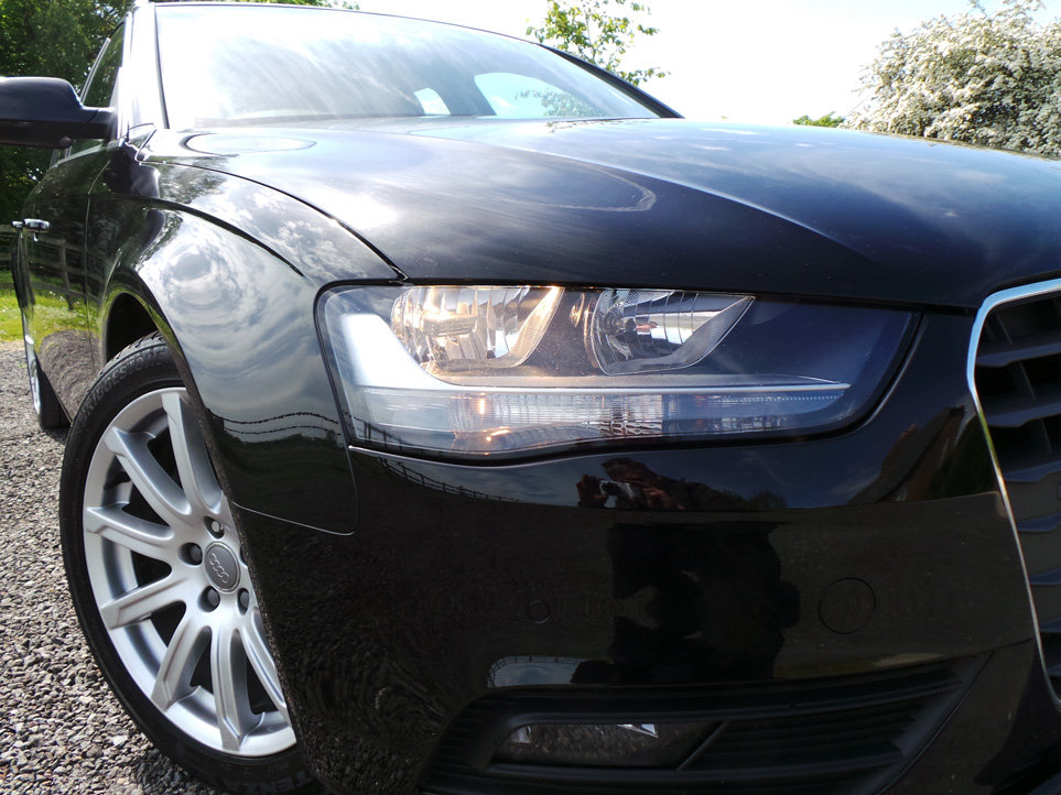 2015 Audi A4 Avant 2.0 TDi 177 BHP Technik quattro For Sale (picture 3 of 6)