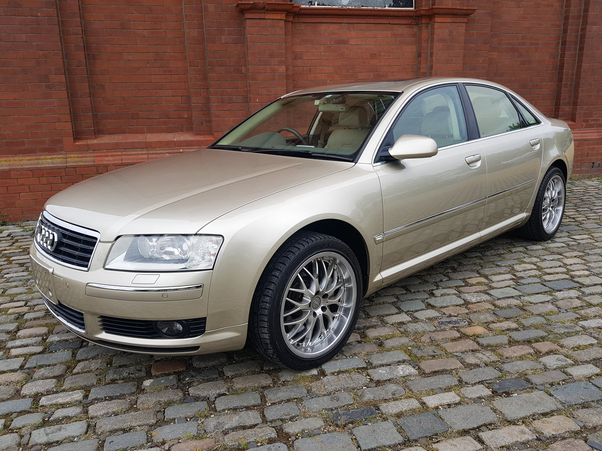2004 AUDI A8 4.2 V8 QUATTRO 4 WHEEL DRIVE AUTOMATIC FRESH IMPORT For Sale (picture 1 of 2)
