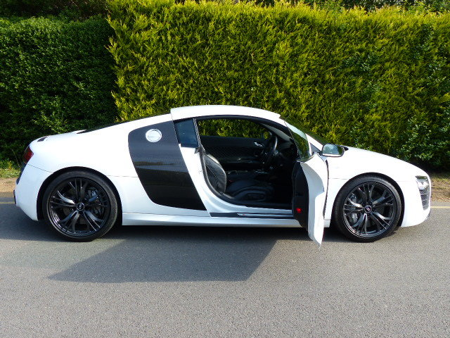 AUDI R8 V10 PLUS 2014 14 REG 26K FULL AUDI S/HIST For Sale (picture 2 of 6)