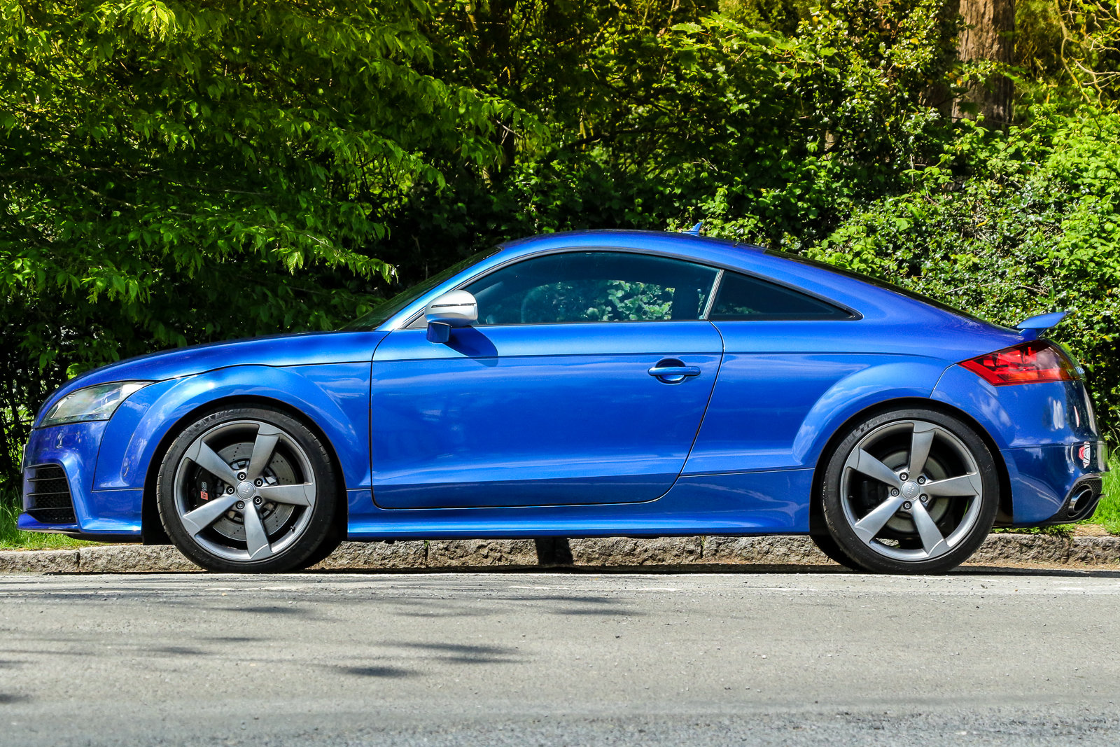 2009 Audi TTRS Sepang Blue Recaro Wingback Seats Manual For Sale (picture 6 of 6)