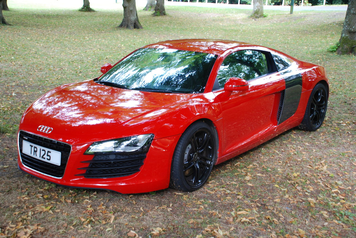 Audi R8 4.2 V8 2011 For Sale (picture 1 of 5)