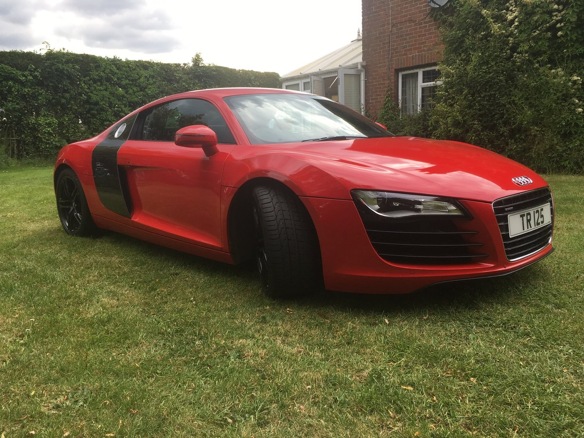 Audi R8 4.2 V8 2011 For Sale (picture 4 of 5)