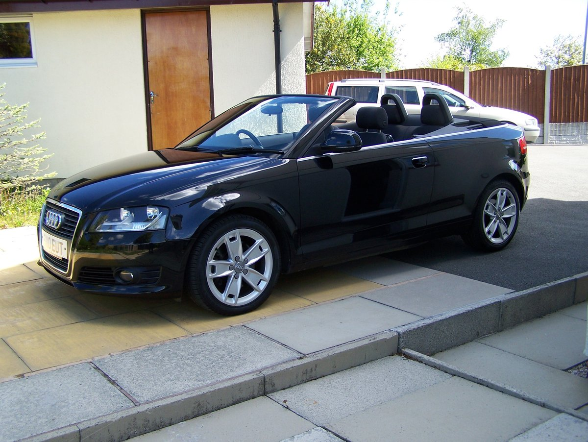 EXCELLENT 2010 AUDI A3 2.0 SPORT TFSI  CONVERTIBLE FSH       SOLD (picture 2 of 6)