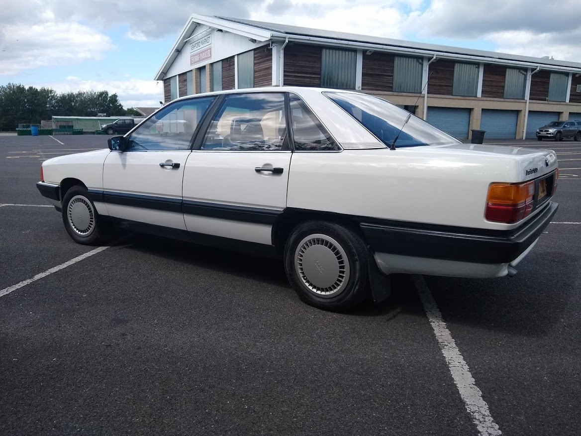 1985 Audi 100 For Auction Friday 12th July For Sale by Auction (picture 5 of 6)