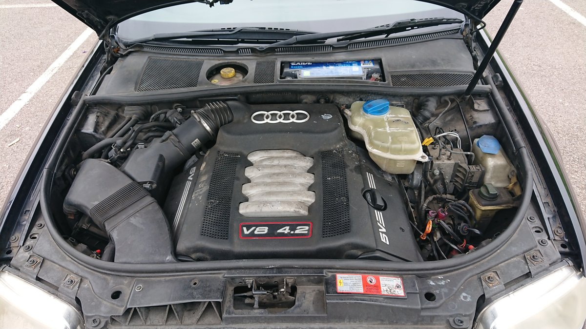 2000 Audi S6 Saloon Saloon (1999 - 2004) C5 4.2 quattro For Sale (picture 3 of 6)