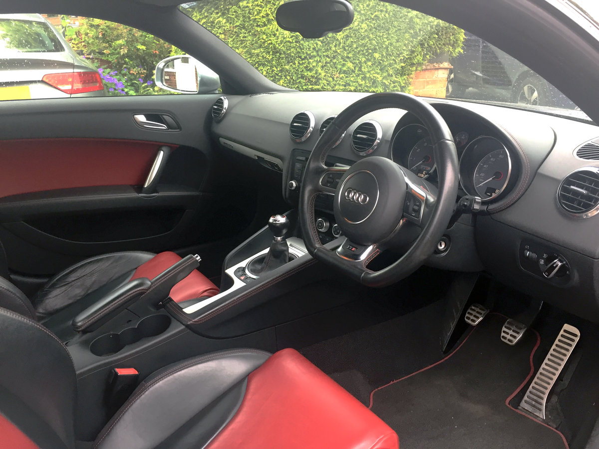 2011 Audi 2.0 TTS Coupe Quattro Manual For Sale (picture 5 of 6)