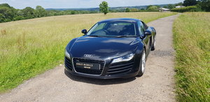 2010 AUDI R8 MANUAL COUPE - WITH A FULL AUDI SERVICE HISTORY  For Sale