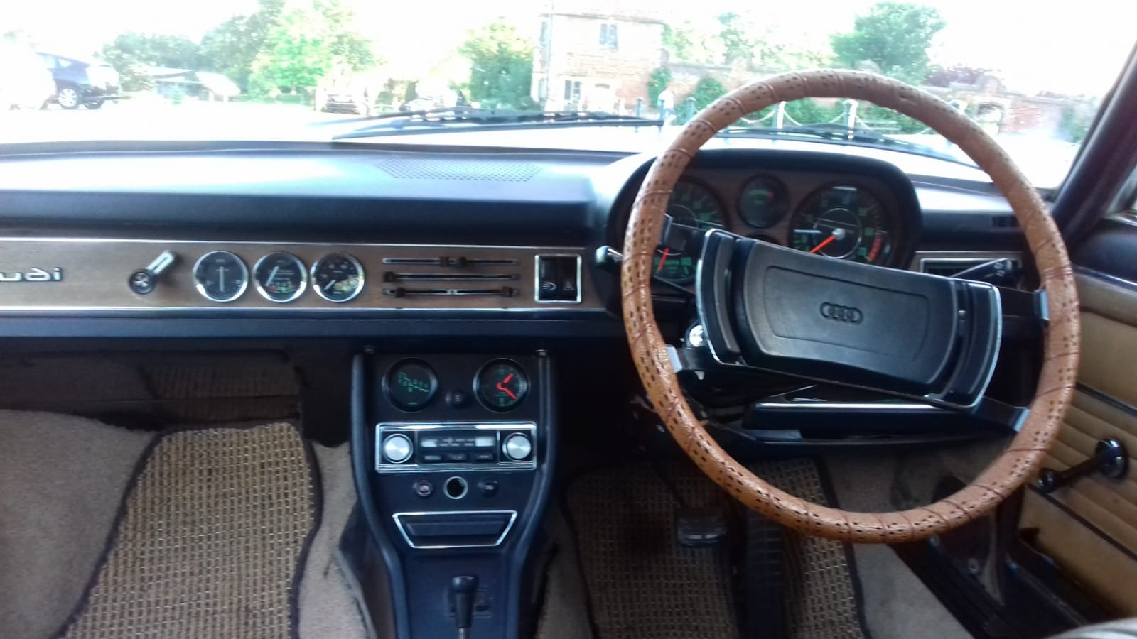 1974 Audi 100 S Coupe Automatic For Sale (picture 4 of 6)