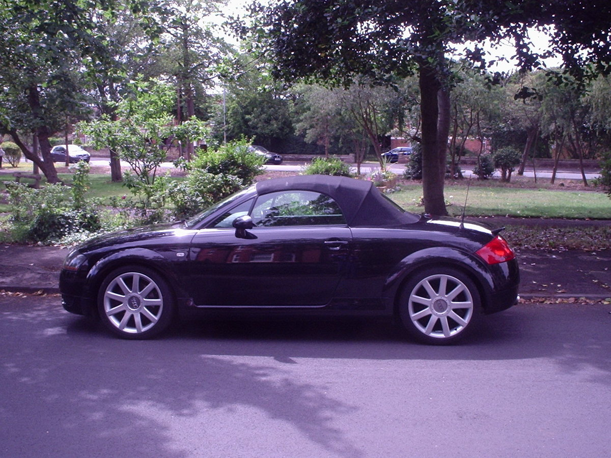 2005 AUDI TT QUATTRO (180bhp) CONVERTIBLE For Sale (picture 1 of 6)