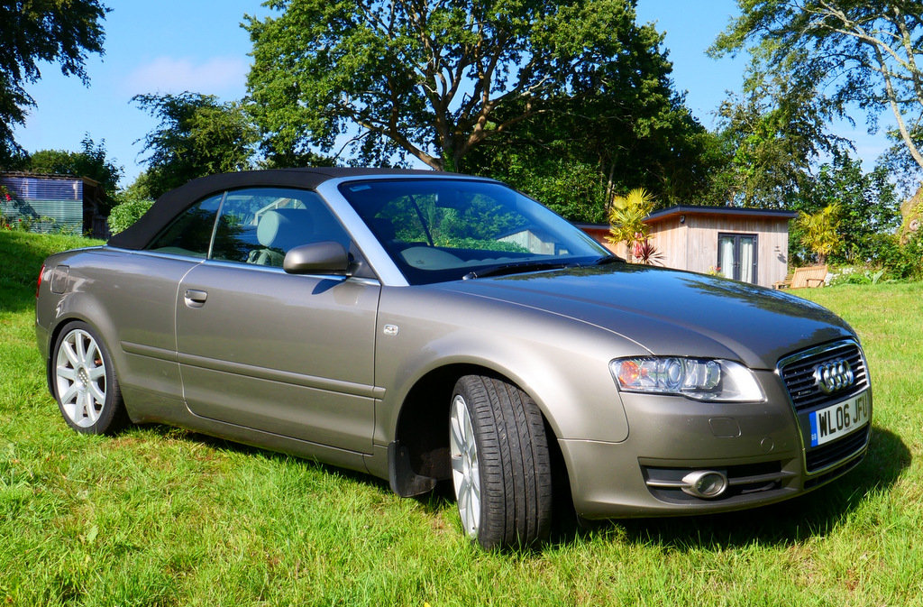 2006 Immaculate one owner A4 Sport Quattro TDI V6 auto For Sale (picture 1 of 6)