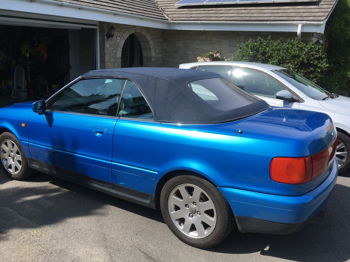 Audi 80 Cabriolet 2.6 V6 Auto 1999 Kingfisher Blue SOLD (picture 5 of 6)
