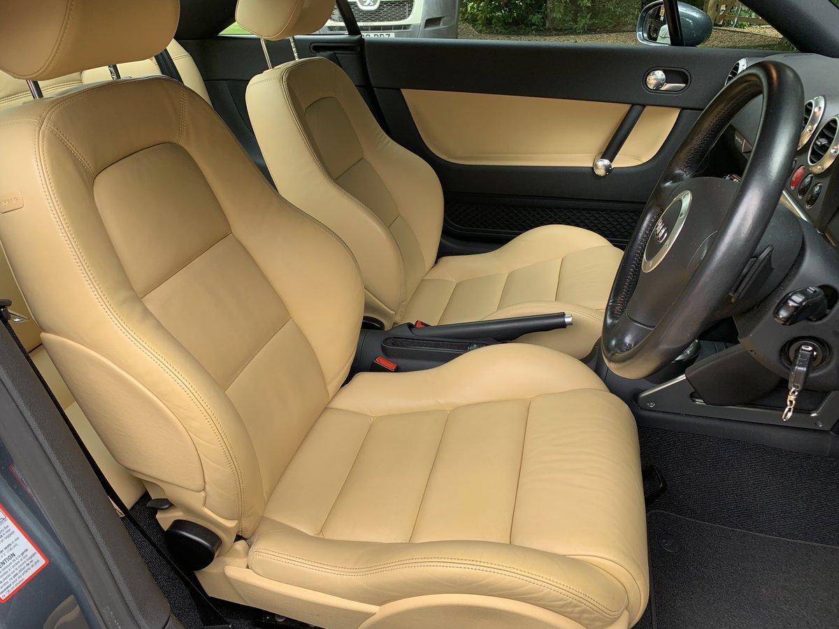 2004 Audi TT MkI 3.2 V6 DSG Coupe For Sale (picture 4 of 6)