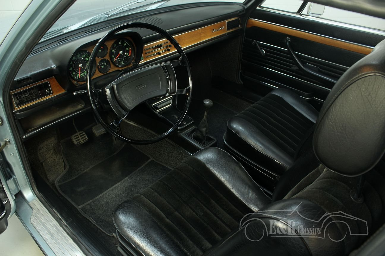Audi 100 S Coupe 1972 Restored For Sale (picture 3 of 6)
