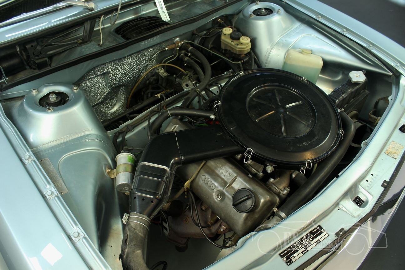 Audi 100 S Coupe 1972 Restored For Sale (picture 4 of 6)