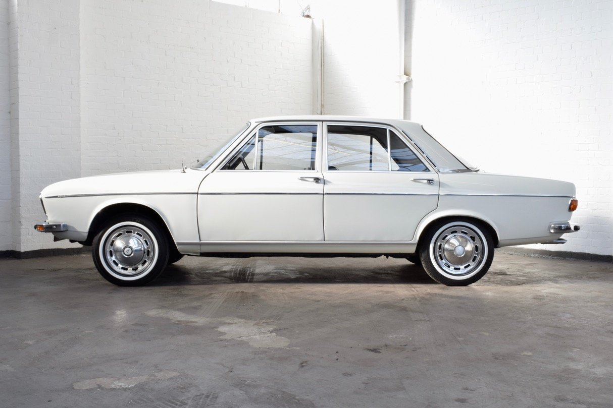 AUDI 100 LS 1.8 WHITE SALOON 1970 4DR SUMMER SALE! For Sale (picture 5 of 10)