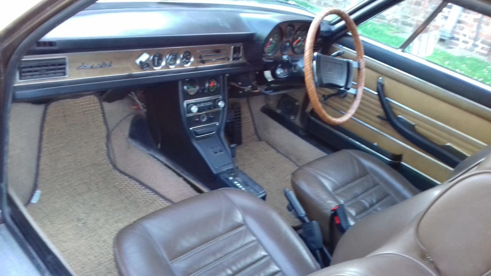 1974 Audi 100 S Coupe Automatic For Sale (picture 3 of 6)