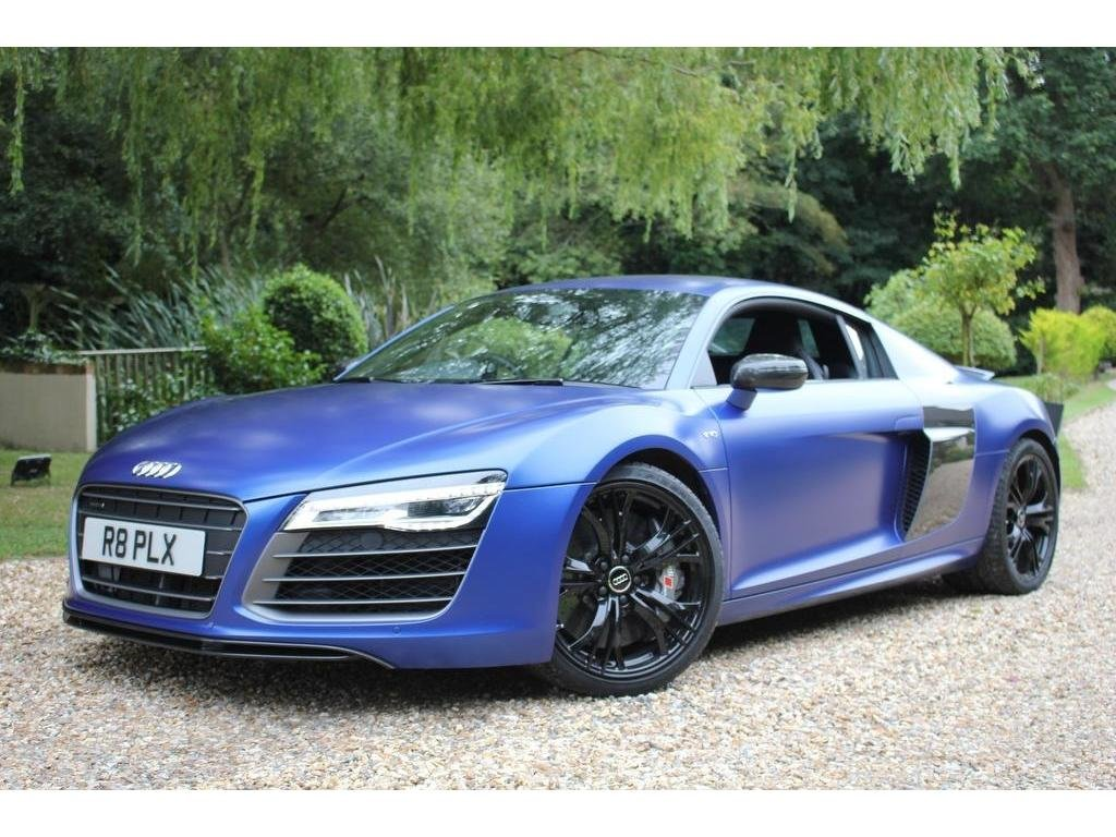 2015 Audi R8 5.2 FSI V10 Plus S Tronic quattro 2dr TRULY OUTSTAND For Sale (picture 1 of 1)