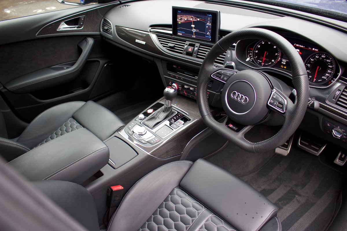 2017/17 Audi RS6 Performance For Sale (picture 5 of 6)