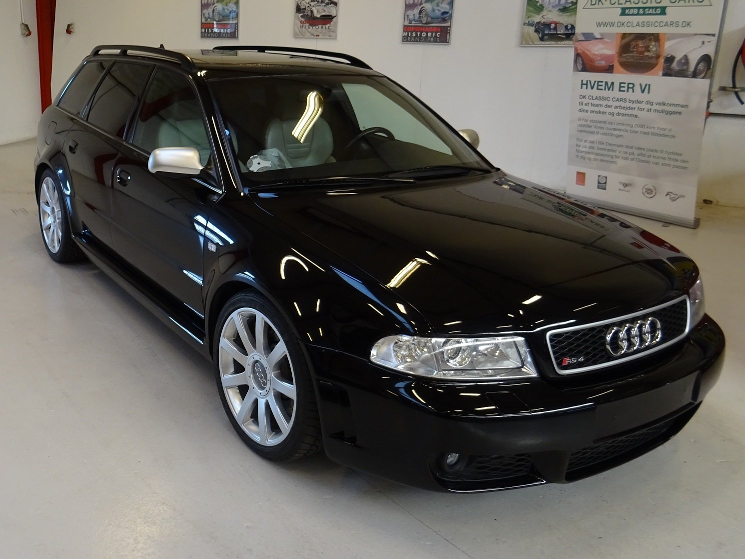 2000 Audi RS4 Avant Quattro (Typ 8D) For Sale (picture 1 of 6)