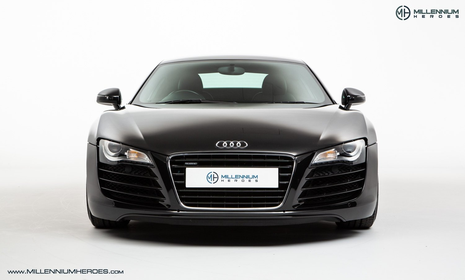 2008 AUDI R8 QUATTRO // 6 SPEED MANUAL // FULL AUDI SERVICE HISTO For Sale (picture 2 of 19)