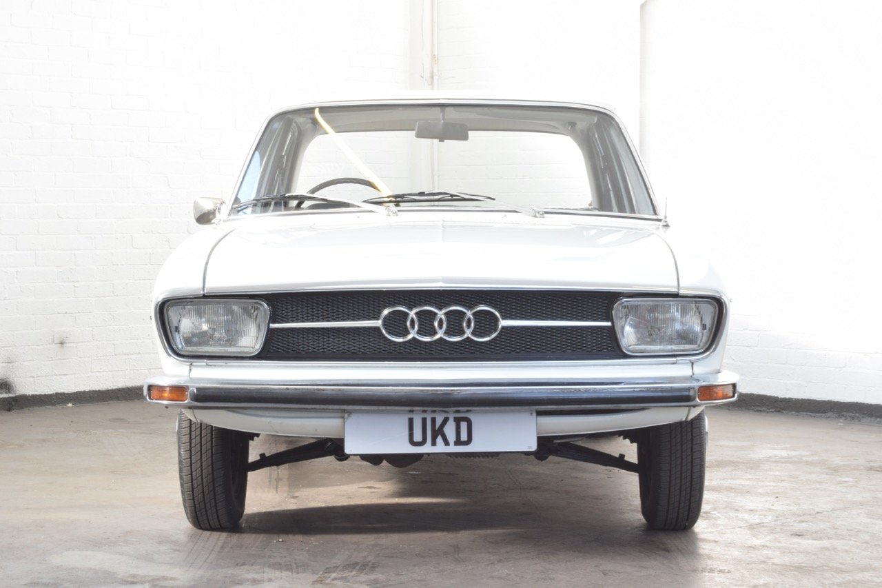 AUDI 100 LS WHITE SALOON 1970 For Sale (picture 2 of 10)