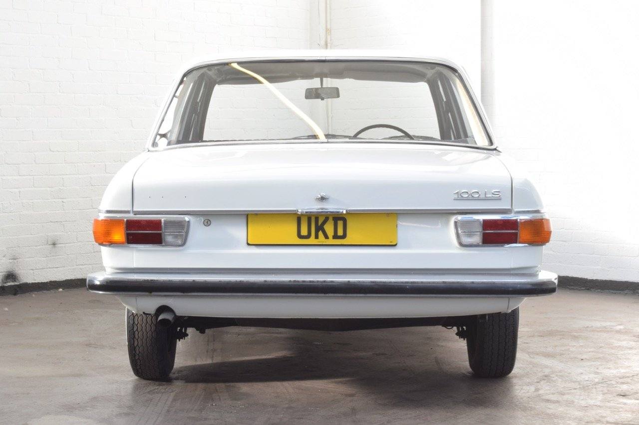 AUDI 100 LS WHITE SALOON 1970 For Sale (picture 7 of 10)