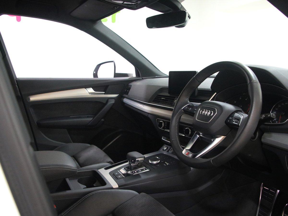 Audi Q5 2.0 TDI Quattro S Line 40 5dr S Tronic 2018(68) For Sale (picture 4 of 6)