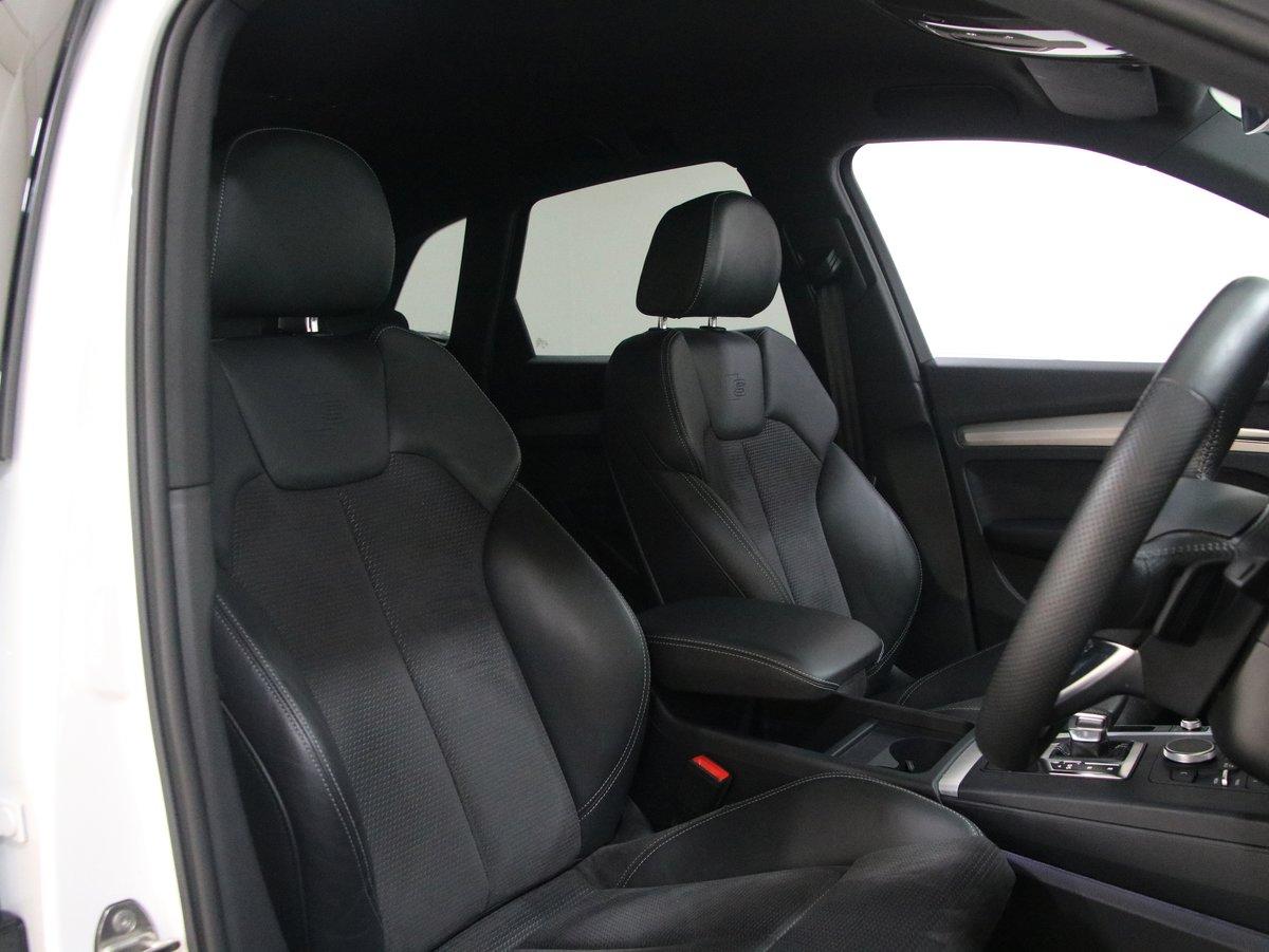 Audi Q5 2.0 TDI Quattro S Line 40 5dr S Tronic 2018(68) For Sale (picture 5 of 6)