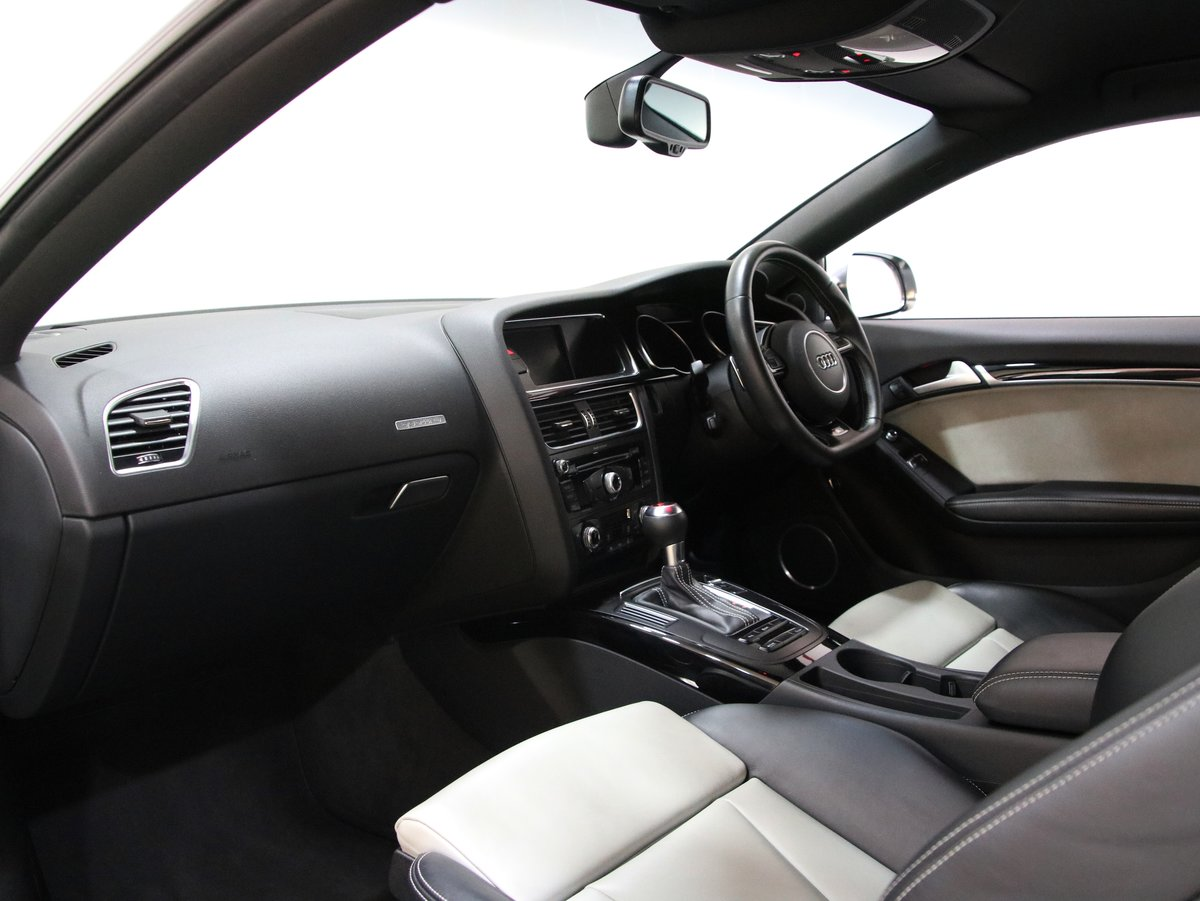 Audi A5 S5 Quattro Black Edition 2dr S Tronic 2015(65) For Sale (picture 6 of 6)