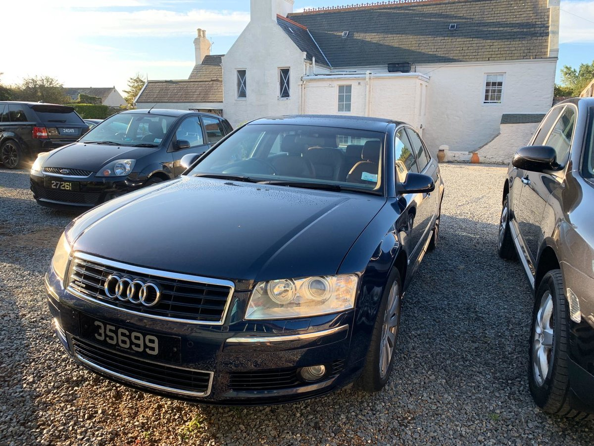 2004 Audi A8 3.7 AWD Fully loaded  For Sale (picture 1 of 6)