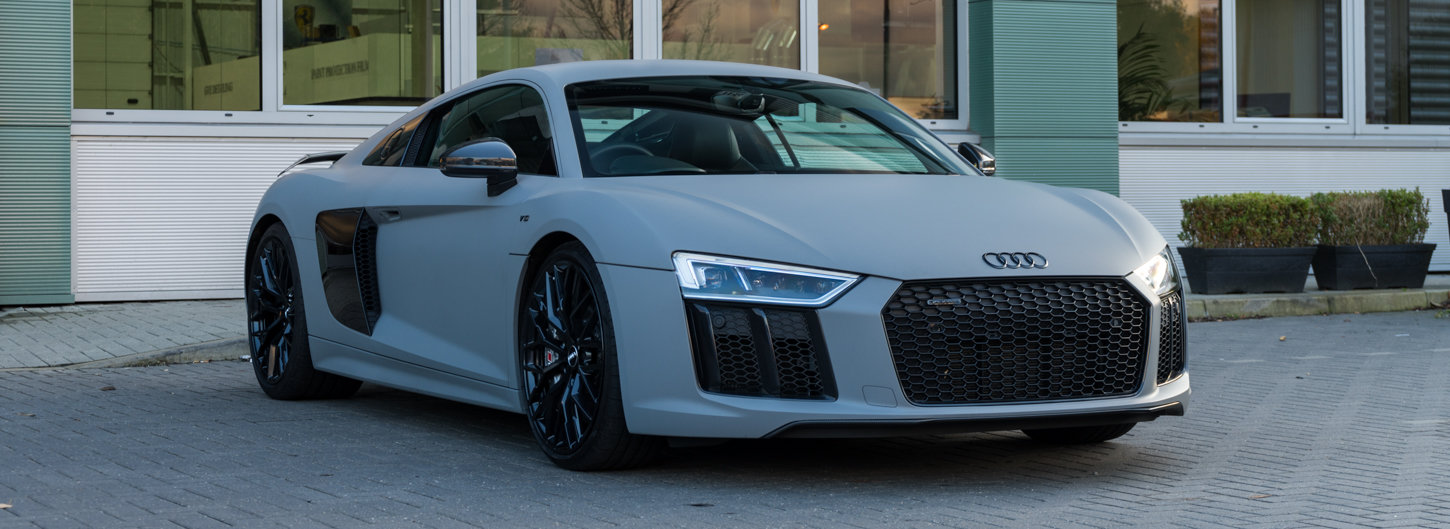 2017 Audi R8 V10 Plus Quattro SOLD (picture 2 of 6)