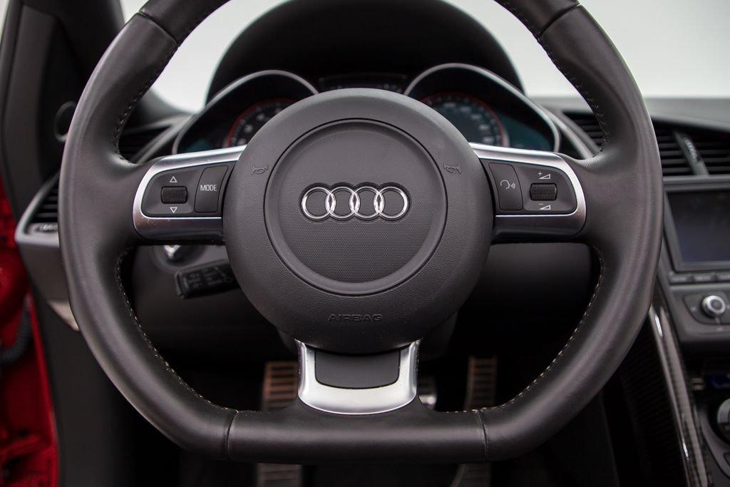 2011 Audi R8 2dr Convertible Auto quattro Spyder 5.2L $94.5k For Sale (picture 4 of 6)