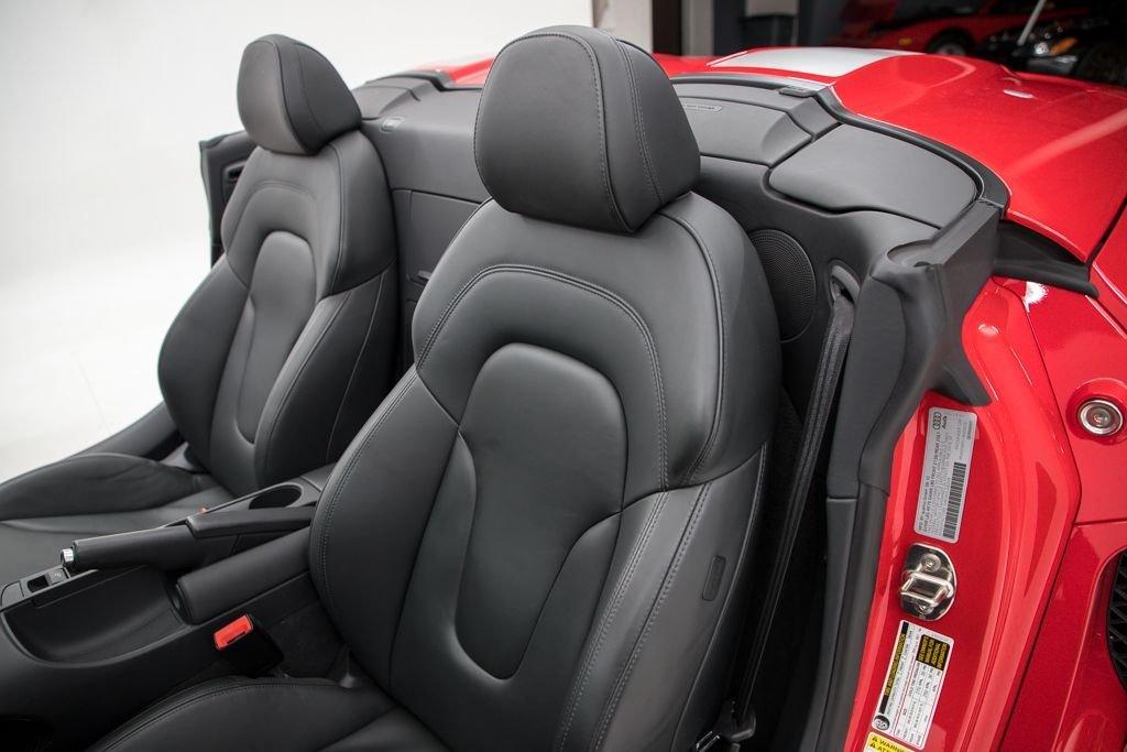 2011 Audi R8 2dr Convertible Auto quattro Spyder 5.2L $94.5k For Sale (picture 5 of 6)