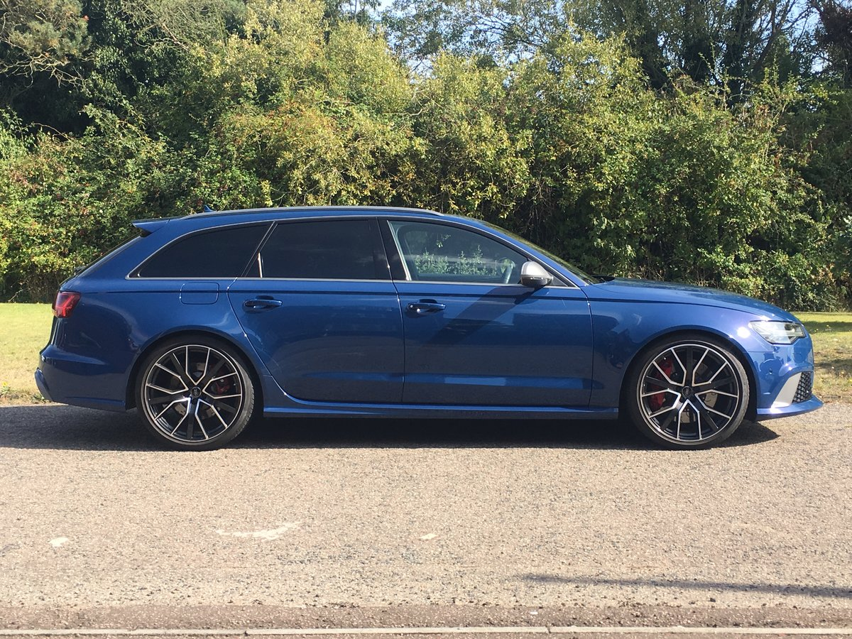 2016 Audi RS6 Avant Performace Automatic Model 605 Bhp For Sale (picture 2 of 6)