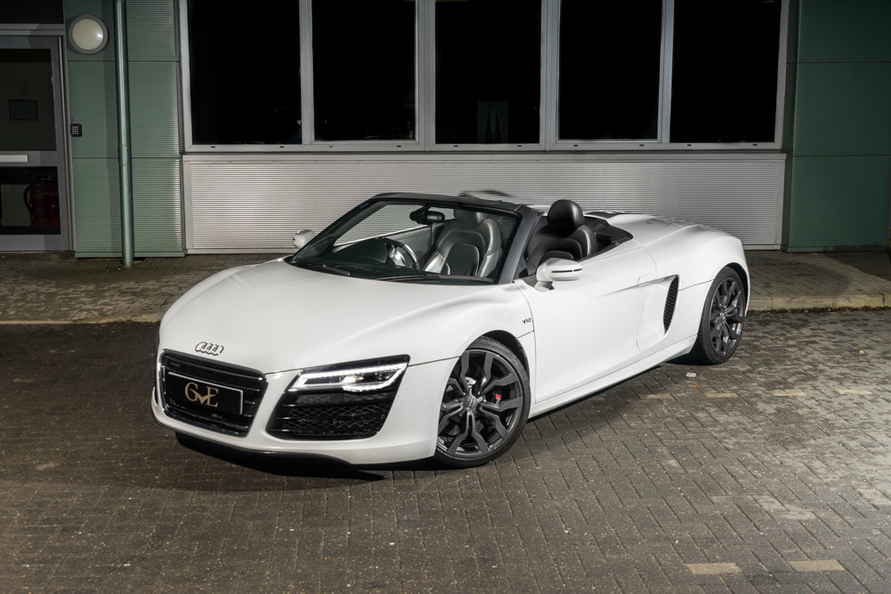 2015 Audi R8 5.2 FSI V10 Plus S Tronic SOLD (picture 1 of 6)