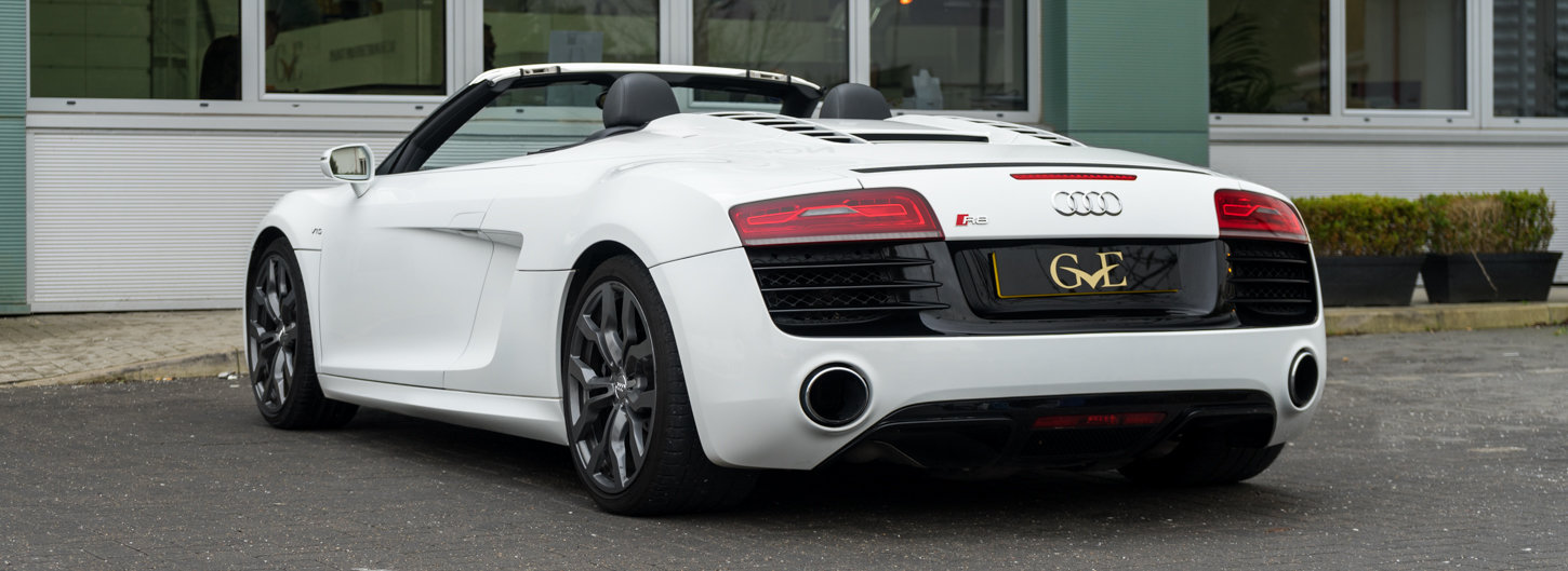 2015 Audi R8 5.2 FSI V10 Plus S Tronic SOLD (picture 2 of 6)