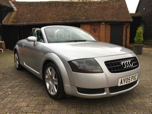 2005 stunning low mileage  Barons classic auctions decemember 10
