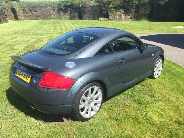 2004 Audi TT 3.2 V6 DSG 16960 Miles From New For Sale (picture 2 of 6)