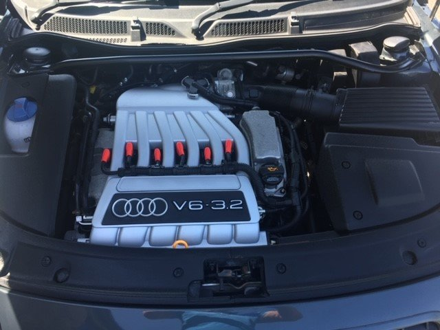 2004 Audi TT 3.2 V6 DSG 16960 Miles From New For Sale (picture 4 of 6)