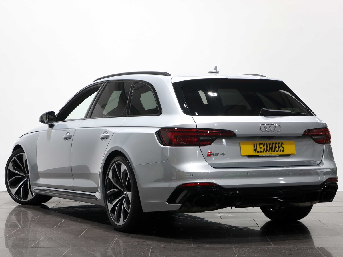 2018 18 68 AUDI RS4 AVANT For Sale (picture 3 of 6)