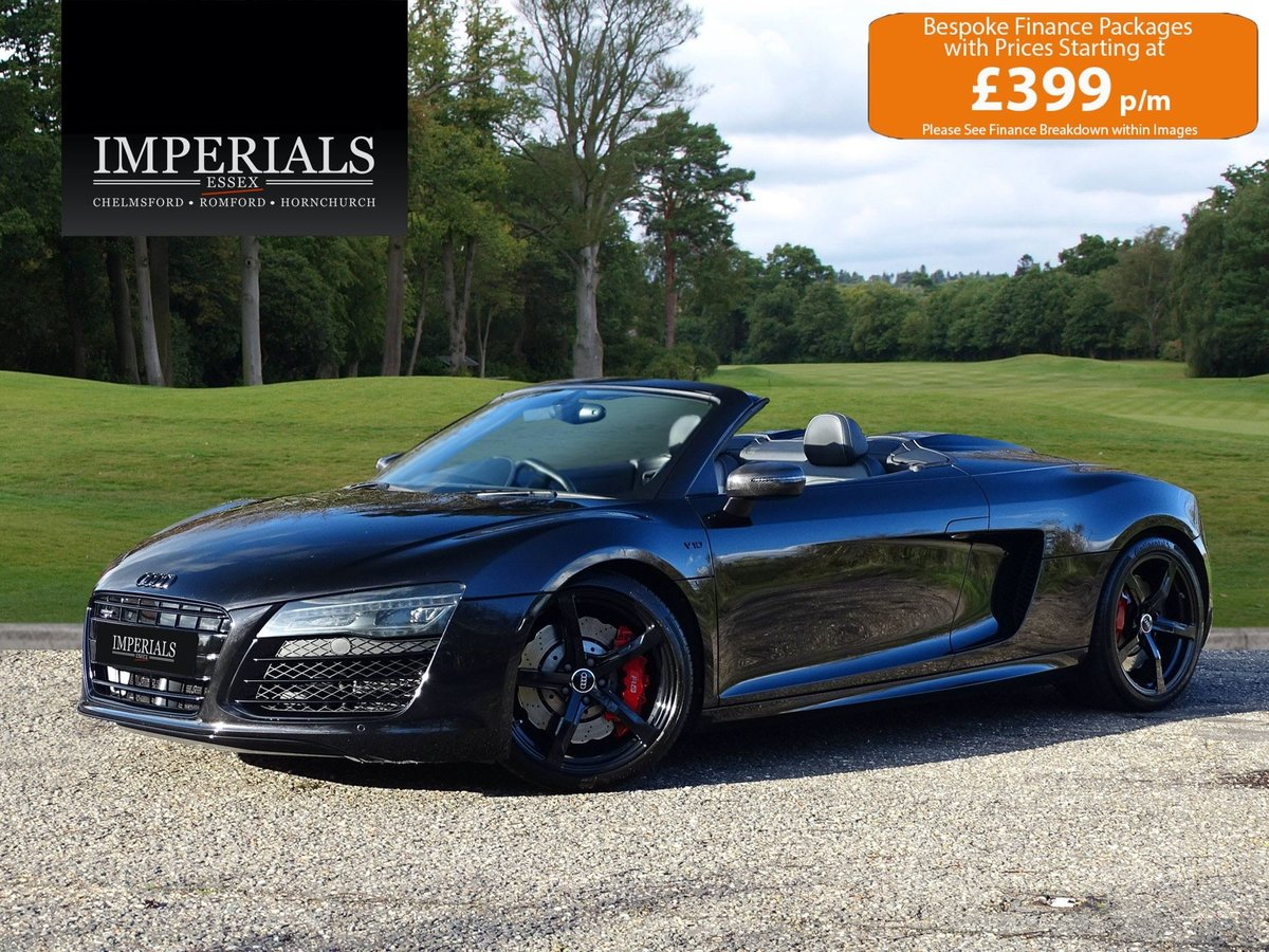 2015 Audi  R8  SPYDER 5.2 V10 QUATTRO CABRIOLET S-TRONIC AUTO  66 For Sale (picture 1 of 24)