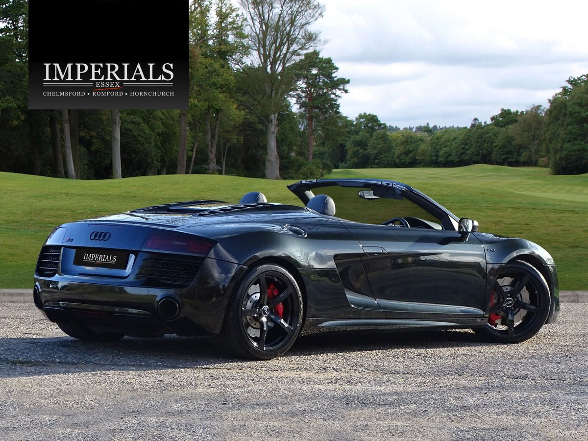 2015 Audi  R8  SPYDER 5.2 V10 QUATTRO CABRIOLET S-TRONIC AUTO  66 For Sale (picture 6 of 24)