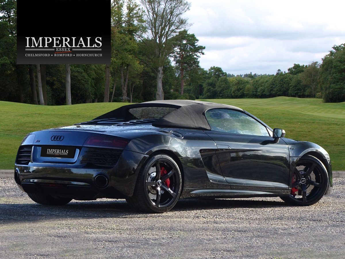 2015 Audi  R8  SPYDER 5.2 V10 QUATTRO CABRIOLET S-TRONIC AUTO  66 For Sale (picture 7 of 24)