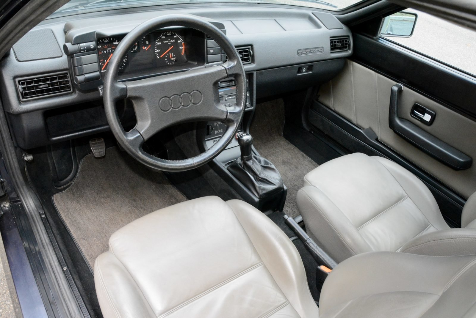 1985 Audi UR quattro Coupe Manual Rare 1 of 73 + Blue $55.9k For Sale (picture 5 of 6)